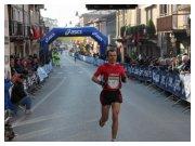 L'arrivo di Francesco Duca alla 17^ Maratonina Demmy 2011